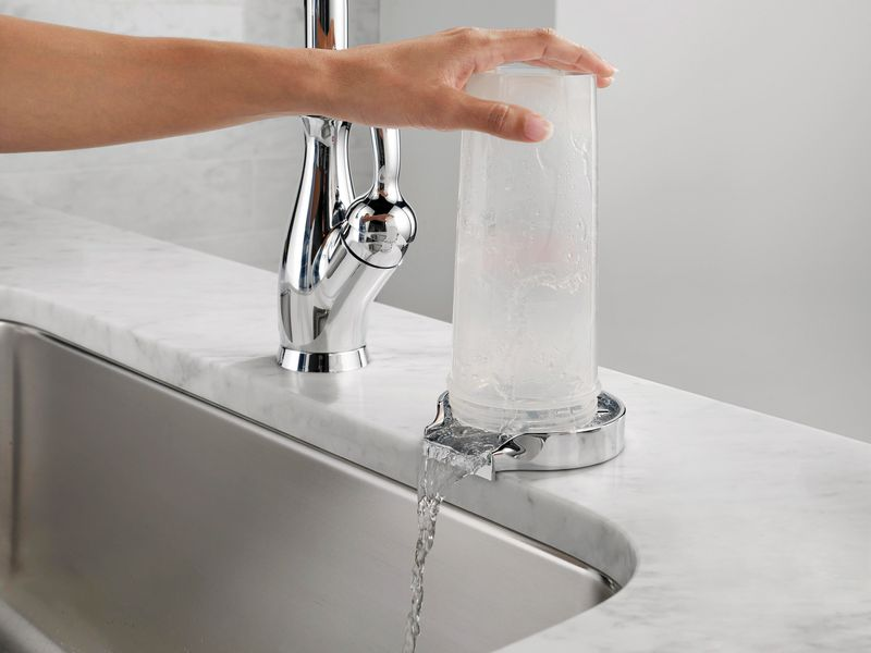 glass rinser for a sink