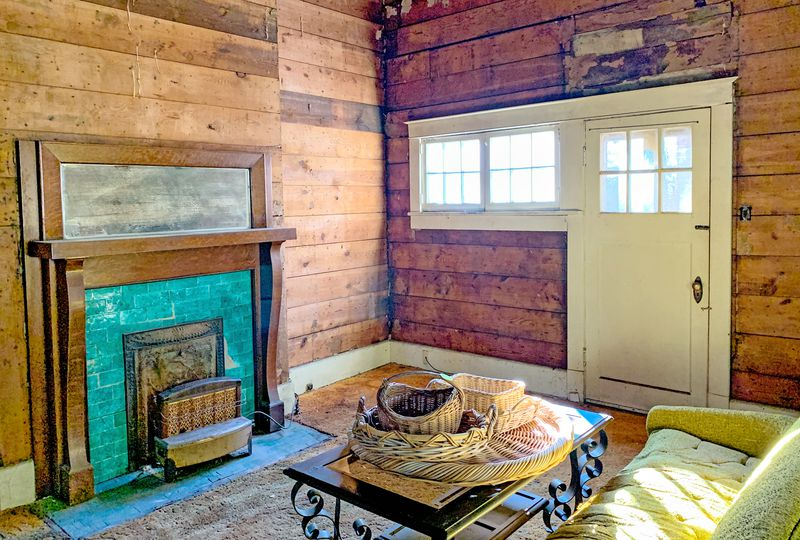 Save This Old House: Water Valley, MS, living room fireplace, July/Aug 2020